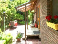 Der Eingang vom Garten aus - Bild 4: Berlin XXL Apartment an der Badewiese Toplage *WLAN* Hunde